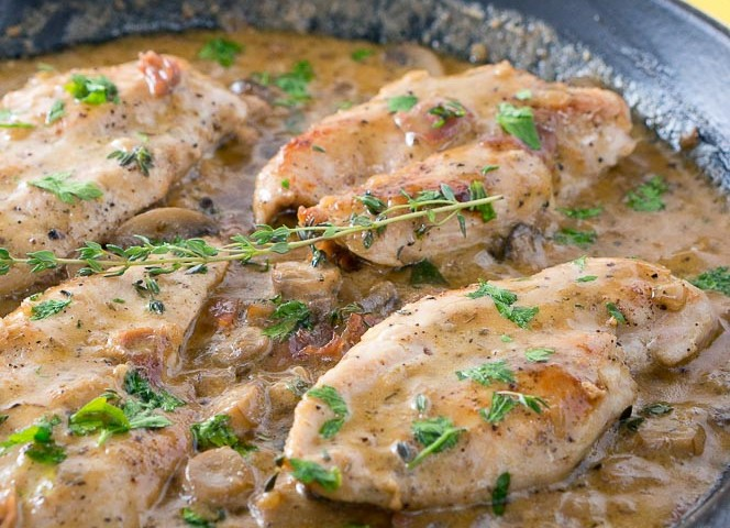 Easy Creamy Chicken Marsala