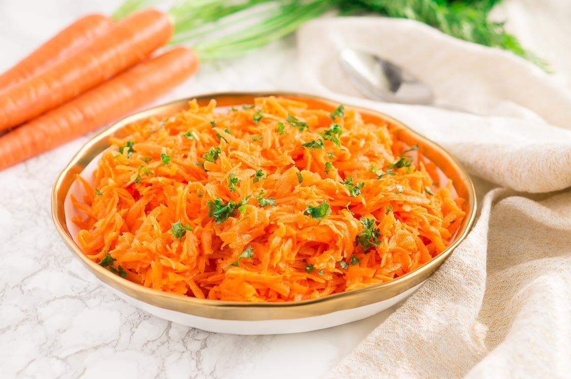 Easy Carrot Salad