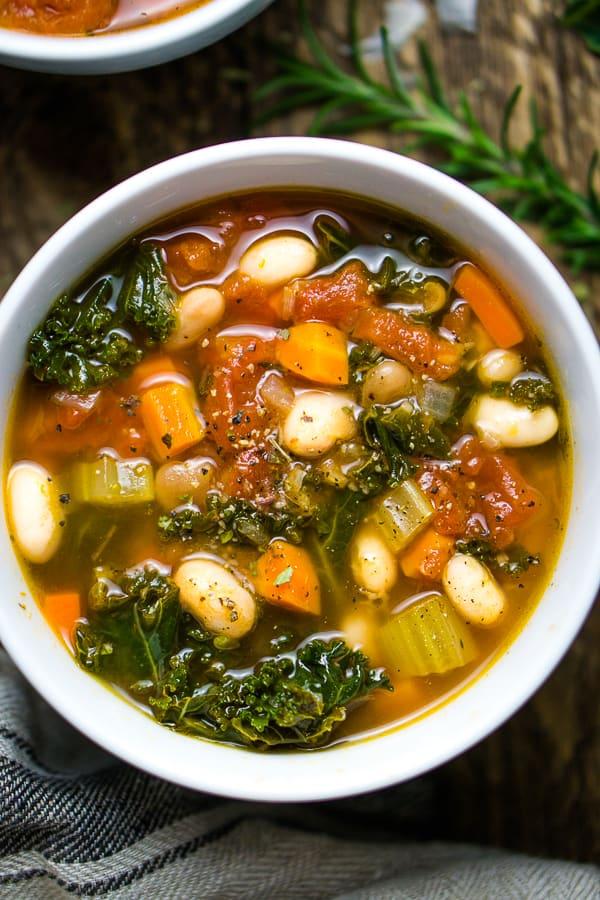 Instant Pot white bean soup with kale