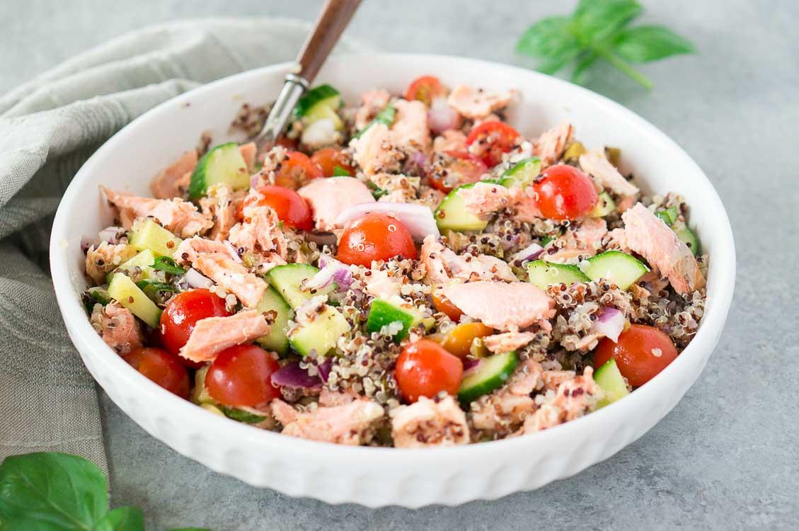 Salmon salad with quinoa