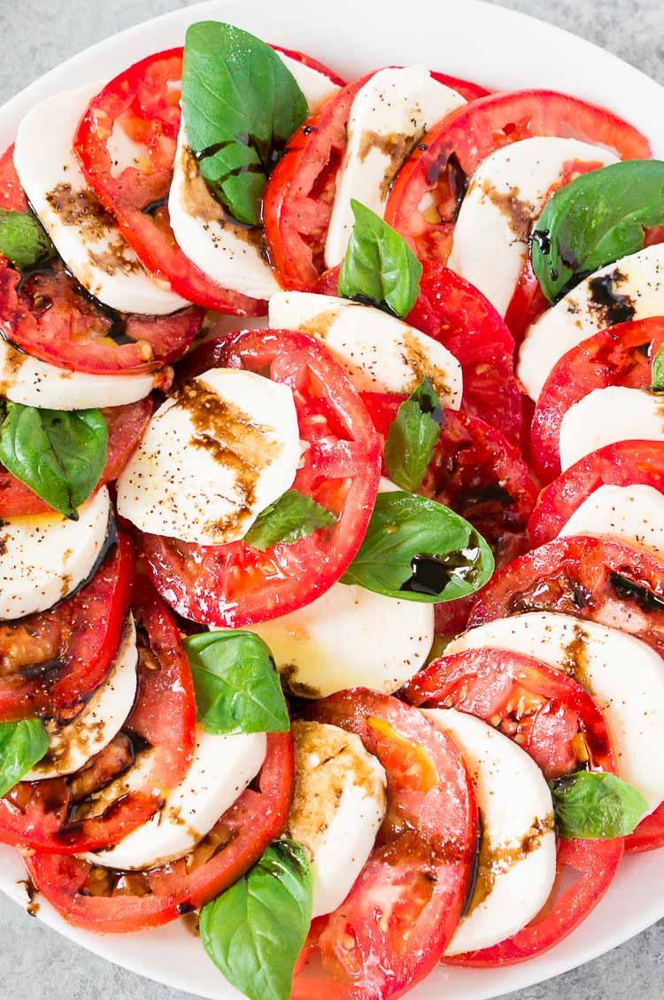 close up of caprese salad recipe with balsamic glaze