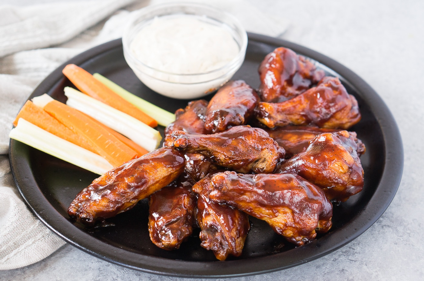 baked chicken wings with barbecue sauce