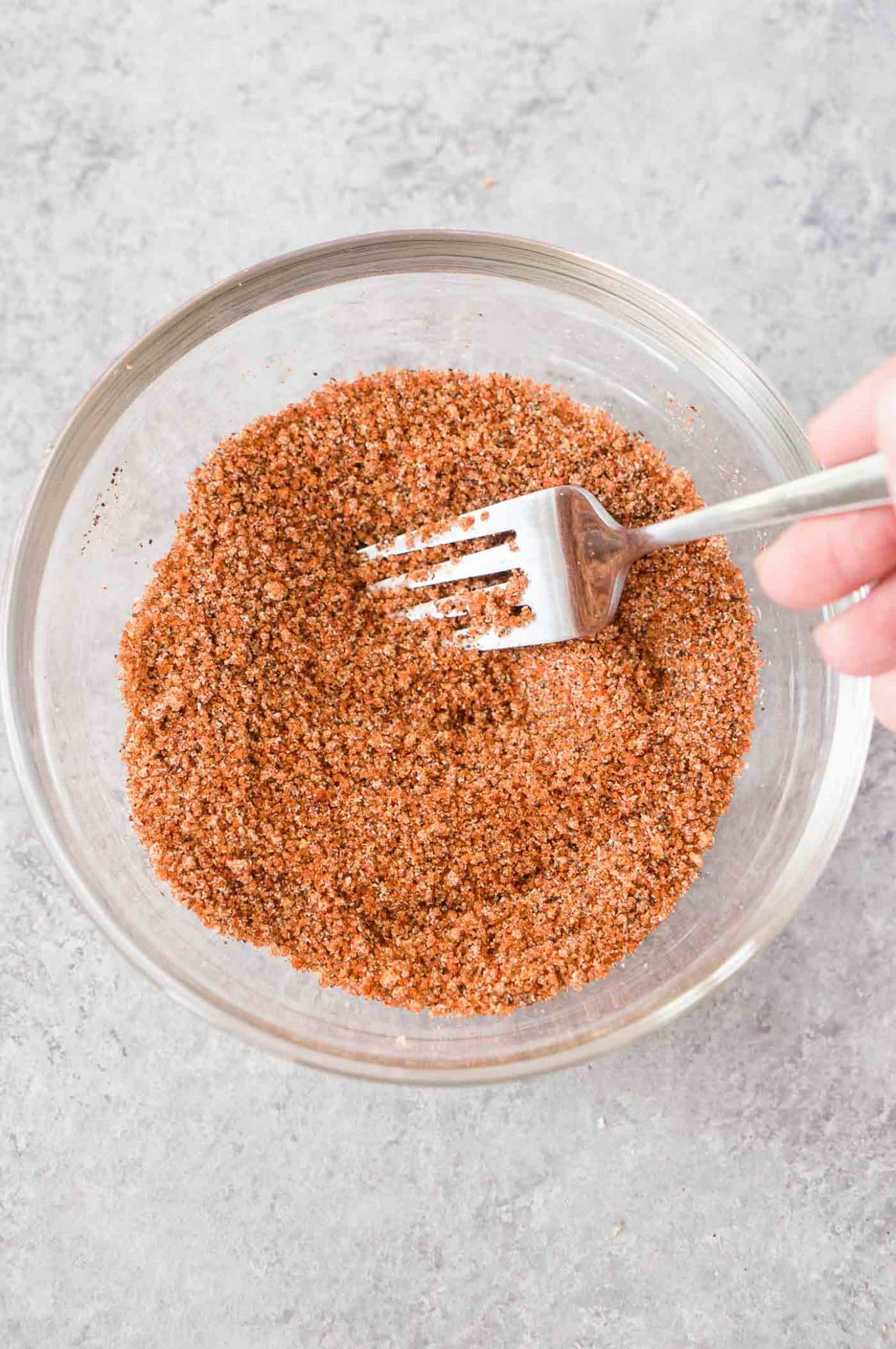 mixing spices to make bbq dry rub