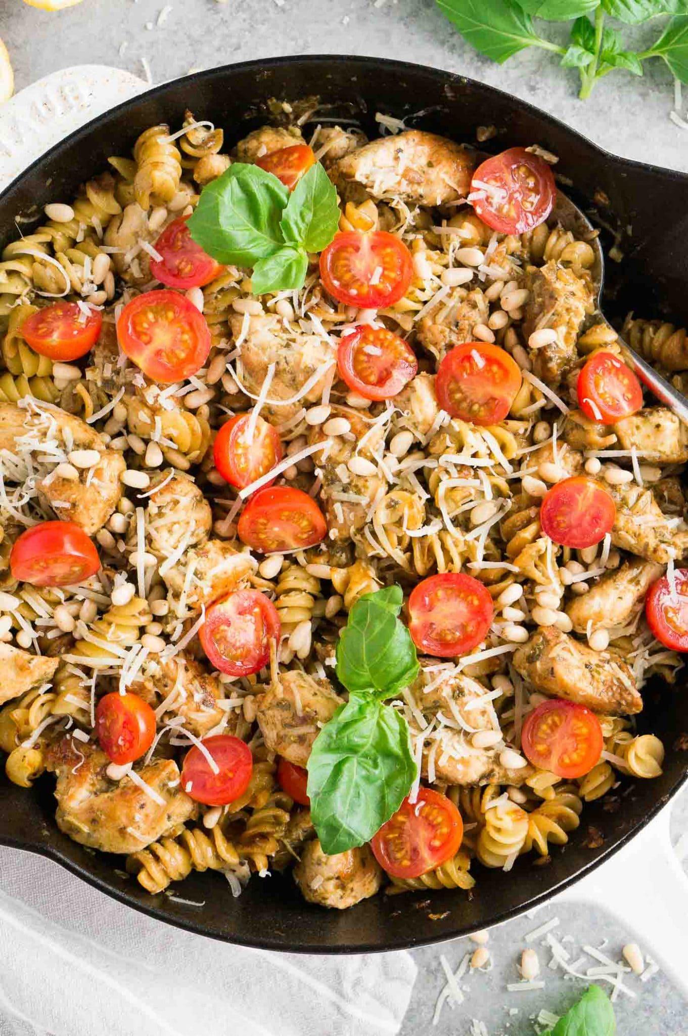 pesto chicken pasta and tomatoes